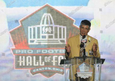 Stock Photo of Former Washington Redskins linebacker Chris Hanburger delivers his induction speech during the Pro Football Hall of Fame Enshrinement Ceremonies at Fawcett Stadium in Canton, Ohio, on August 6, 2011.