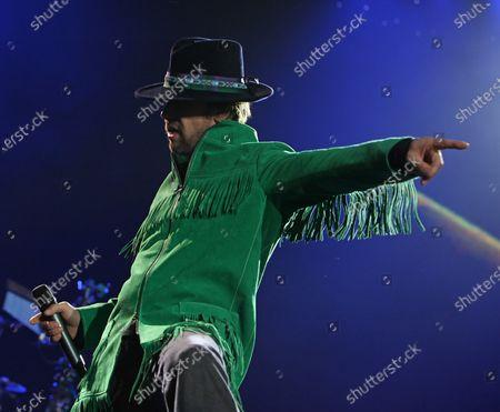 "Jason ""Jay"" Kay of Jamiroquai performs in concert at Bercy in Paris on November 22, 2011."