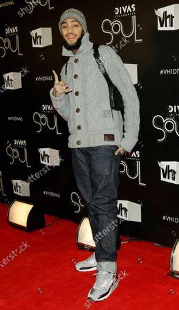 "Musician Travis McCoy arrives for the ""VH1 Divas Celebrates Soul"" concert at the Hammerstein Ballroom on December 18, 2011 in New York City."