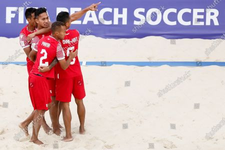 Tamatoa Tetauira of Tahiti celebrates his goal with teammates during the FIFA Beach Soccer World Cup Russia 2021 Group D match between Tahiti and Mozambique on August 23, 2021 at Luzhniki Beach Soccer Stadium in Moscow, Russia.