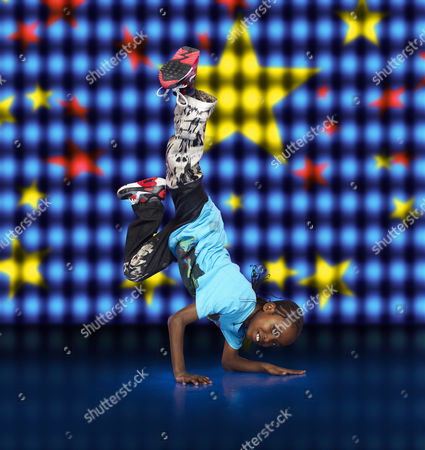 Akai Osei posing during a Got To Dance photo shoot