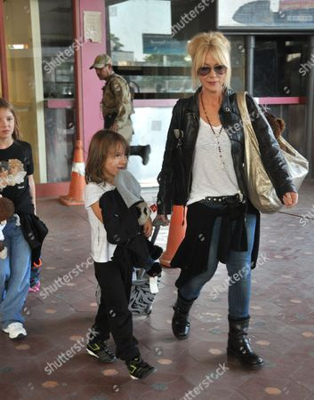 Morwenna Banks and daughter Dolly Loveday