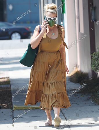 Editorial photo of Busy Philipps chats on the phone, Los Angeles, California, USA - 25 Aug 2021