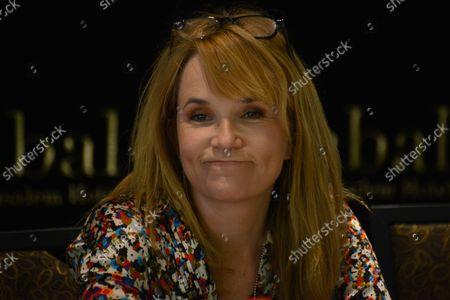"""American actress Lea Thompson of the television series """"Switched At Birth"""" takes part in a press conference about her experience in Israel, at the Inbal Hotel in Jerusalem, Israel, October 6, 2013. Thompson and her family are part of a delegation of American film and television actors who are visiting Israel with """"America's Voices in Israel""""."""