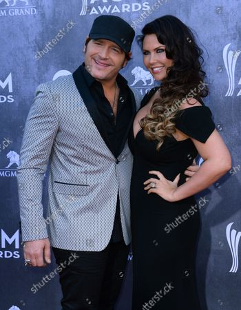 (L-R) Musicians Jerrod Niemann and Morgan Petek  attend the 49th annual Academy of Country Music Awards  held at the MGM Grand Arena in Las Vegas, Nevada on April 6, 2014. The show will be broadcast live on CBS.