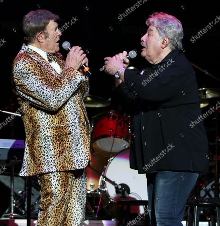 Bruce Morrow and Tony Orlando performing at Cousin' Brucie's Palisades Park reunion at PNC Bank Arts Center. August 26, 2021.