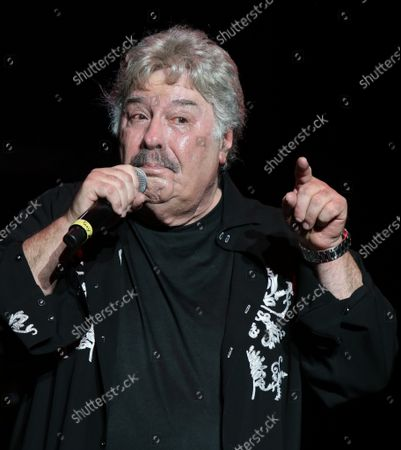 Tony Orlando performing at Cousin' Brucie's Palisades Park reunion at PNC Bank Arts Center. August 26, 2021.