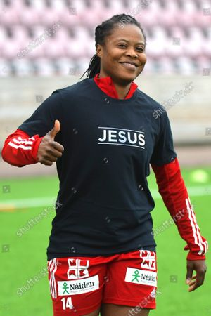 Faith Ikidi Michael (14 Pitea) with her role model on the t-shirt during warmup ahead of the game in the Swedish League OBOS Damallsvenskan on August 29 2021 between Eskilstuna and Pitea at Tunevallen in Eskilstuna, Sweden