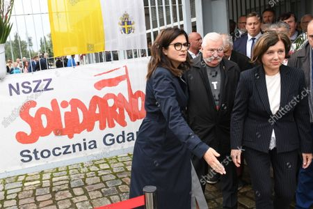 Former Polish President Lech Walesa (2L), mayor of Gdansk Aleksandra Dulkiewicz (L) and Vice President of the European Commission for Values and Transparency Vera Jourova (R) attends 41st anniversary observations of the signing of the August Agreements in Gdansk, north Poland, 31 August 2021. The August Agreements were reached after workers' strikes in Gdansk, Poland, in August 1980, demanding the right to create independent trade unions among 21 demands.