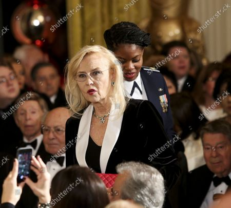 Actress Faye Dunaway arrives at an event for the 2016 Kennedy Center Honorees, in the East Room of the White House, December 4, 2016. The honorees include pianist Martha Argerich, actor Al Pacino, singer Mavis Staples, singer James Taylor and Eagles band members Don Henley, Timothy B. Schmit, and Joe Walsh.