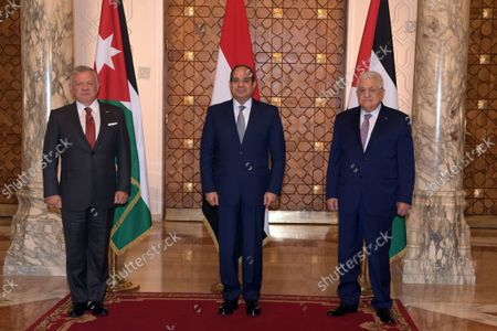 Palestinian president Mahmoud Abbas (R), Egyptian President Abdel Fattah al-Sisi (C), and Jordanian King Abdullah II(L), attend the tripartite summit, in cairo, Egypt, on September 02, 2021.