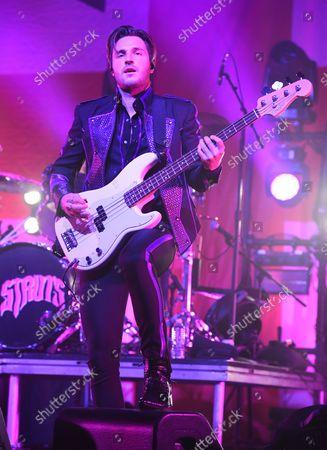 Jed Elliott of The Struts performs