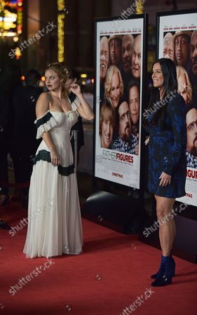 Kelli Garner (L) and Patti Stanger attend the world premiere of 'Father Figures' at the TCL Chinese Theatre in Los Angeles on December 13, 2017.