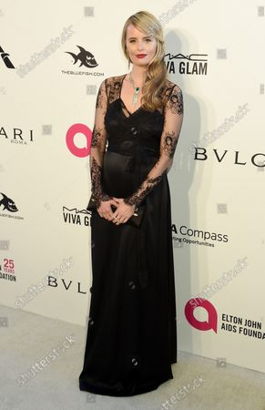 Ricki Lander arrives for the Elton John Aids Foundation's 26th annual Academy Awards Viewing party at West Hollywood Park in Los Angeles on March 4, 2018.