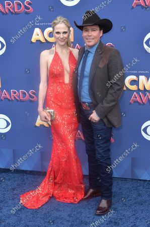 Clay Walker (R) and Jessica Craig attend the 53rd annual Academy of Country Music Awards held at MGM Grand Garden Arena in Las Vegas, Nevada on April 15, 2018. The show will be telecast live on CBS.