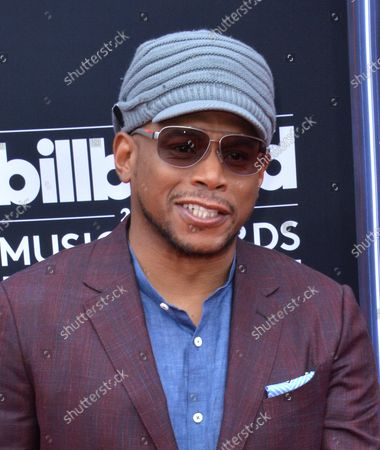 Rapper Sway Calloway arrives for the 2018 Billboard Music Awards at MGM Grand Garden Arena on May 20, 2018 in Las Vegas, Nevada.