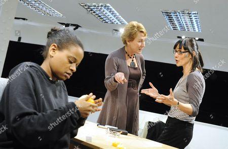 'Blue/Orange' - Ayesha Antoine (Juliet), Helen Schlesinger (Hilary) and Esther Hall (Emily)