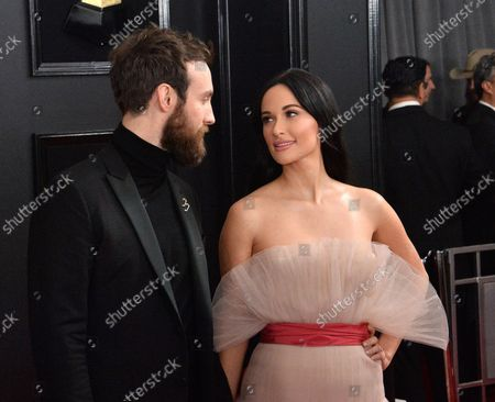 Ruston Kelly (L) and Kacey Musgraves arrive for the 61st annual Grammy Awards held at Staples Center in Los Angeles on February 10, 2019.