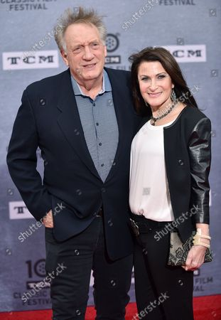 Alan Zweibel (L) and his wife Robin Zweibel arrive for the 10th annual TCM Classic Film Festival opening night screening of 'When Harry Met Sally' at  the TCL Chinese Theatre in Los Angeles, California on April 11, 2019.