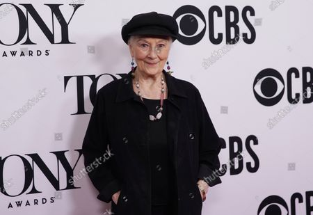 Rosemary Harris arrives on the red carpet at The 73rd Annual Tony Awards Meet The Nominees Press Day on May 01, 2019 in New York City.