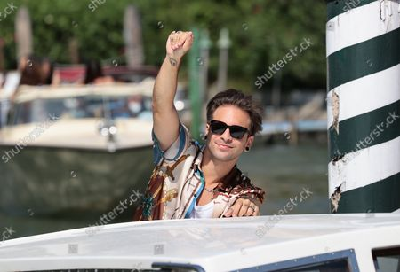 Alessio Bernabei arrives at the 78th Venice International Film Festival on September 06, 2021 in Venice, Italy.