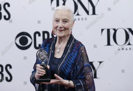 Rosemary Harris arrives in the press room with her Tony Award at The 73rd Annual Tony Awards at Radio City Music Hall on June 9, 2019 in New York City.