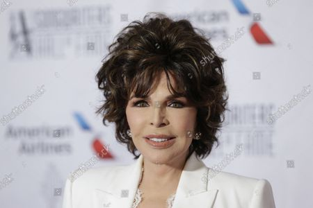 Carole Bayer Sager arrives on the red carpet at the 2019 Songwriters Hall Of Fame at The New York Marriott Marquis on June 13, 2019 in New York City.