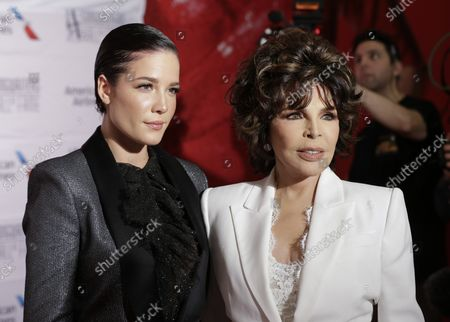 Carole Bayer Sager and Halsey arrive on the red carpet at the 2019 Songwriters Hall Of Fame at The New York Marriott Marquis on June 13, 2019 in New York City.