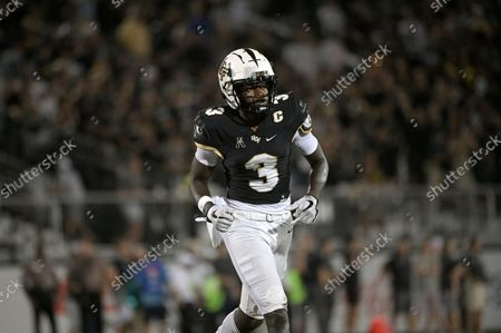 Central Florida wide receiver Brandon Johnson (3) runs a route during the first half of an NCAA college football game against Boise State, in Orlando, Fla