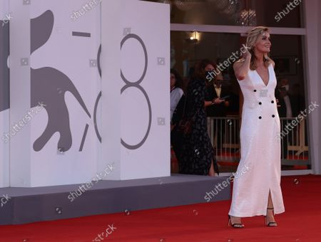 Lucia Mascino attends the red carpet of the movie 'Qui Rido Io' during the 78th Venice International Film Festival on September 07, 2021 in Venice, Italy.