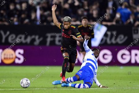 David Neres of Ajax, Chardi Landu of PEC Zwolle during the Dutch Eredivisie match between PEC Zwolle and Ajax at MAC3Park stadium on September 11, 2021 in Zwolle, Netherlands.