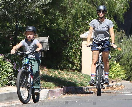 Editorial photo of Jennifer Garner goes for a bike ride with Samuel Affleck, Los Angeles, California, USA - 12 Sep 2021