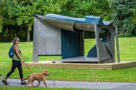 Anthony Caro, Palanquin, 1987-91 - Final preparations for Frieze Sculpture, one of the largest outdoor exhibitions in London, including work by international artists in Regent's Park from 14th September.