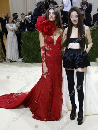 Emily Ratajkowki (L) and Vera Wang pose on the red carpet for the 2021 Met Gala, the annual benefit for the Metropolitan Museum of Art's Costume Institute, in New York, New York, USA, 13 September 2021. The event coincides with the Met Costume Institute's first two-part exhibition, 'In America: A Lexicon of Fashion' which opens 18 September 2021, to be followed by 'In America: An Anthology of Fashion' which opens 05 May 2022 and both conclude 05 September 2022.