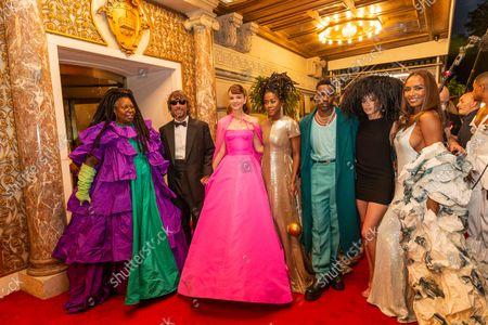 Whoopi Goldberg, Pierpaolo Piccioli, Carey Mulligan, Tomi Adeyemi, Giveon, Dixie D'Amelio, Janet Mock depart The Pierre Hotel for Met Gala Celebrating In America: A Lexicon Of Fashion.