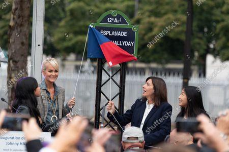Stock Image of Laeticia Hallyday with daughters Jade Hallyday and Joy Hallyday and Paris Mayor Anne Hidalgo