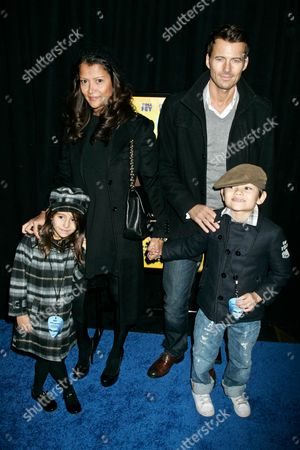 Kate Lundquist and husband model Alex Lundquist  with their children