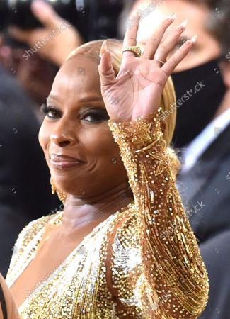 """Mary J Blige at the 2021 Met Gala benefit """"In America: A Lexicon of Fashion"""" at Metropolitan Museum of Art on September 13, 2021 in New York City."""