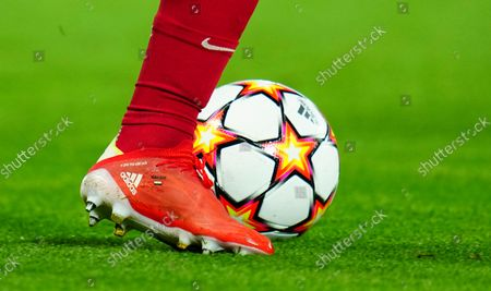 Mohamed Salah of Liverpool dribbles with the ball