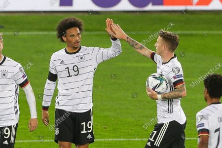 the team is looking forward to the goal of Leroy Sane #19 (Germany) for 0:2,, Marco Reus #11 (Germany)