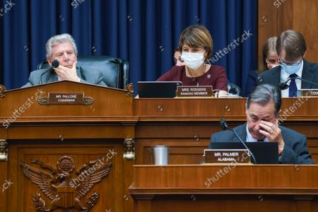 """Stock Image of House Energy and Commerce Chairman Frank Pallone, D-N.J., left, with Rep. Cathy McMorris Rodgers, R-Wash., the ranking member, work on the """"Build Back Better"""" package, a cornerstone of President Joe Biden's domestic agenda, at the Capitol in Washington"""