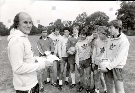 Editorial photo of Terry Mancini 37 Talks Tactics With Fulham's Youngsters. The Former Arsenal Queen's Park Rangers And Orient Defender Is Back In Football- As Fulham Youth Team Coach.