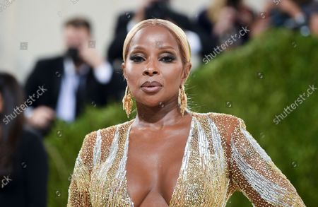 """Mary J Blige attends The Metropolitan Museum of Art's Costume Institute benefit gala celebrating the opening of the """"In America: A Lexicon of Fashion"""" exhibition, in New York"""
