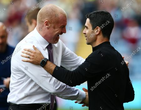 Burnley manger Sean Dyche with counterpart Mikel Arteta of Arsenal ahead of the game