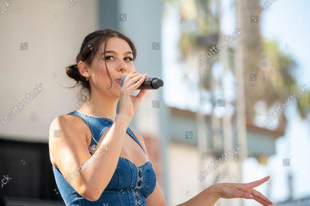 Kira Kosarin performs