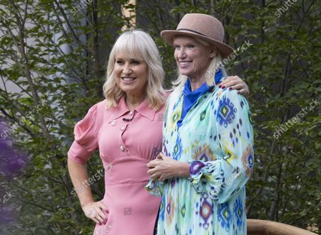 Nicky Chapman with Anneka Rice.Press day at the Chelsea Flower Show. It is the first time in the showÕs 108 year history that the event has been held in September.