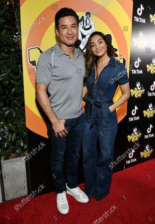 Stock Image of Mario Lopez and Courtney Laine Mazza