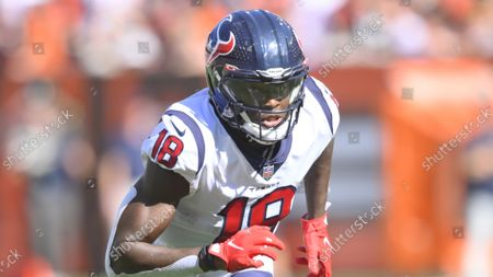 Houston Texans wide receiver Chris Conley (18) runs a route during an NFL football game against the Cleveland Browns, in Cleveland. The Browns won 31-21