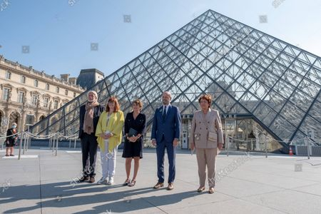 Editorial image of Press presentation of the Arts of Islam exhibitions at the Louvre Museum, Paris, France - 21 Sep 2021