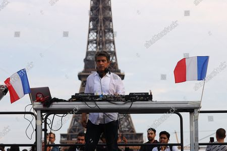 Ariel Wizman performs on stage during the 1st Citizens' Festival organized by Frank Tapiro on Human Rights at Trocadero